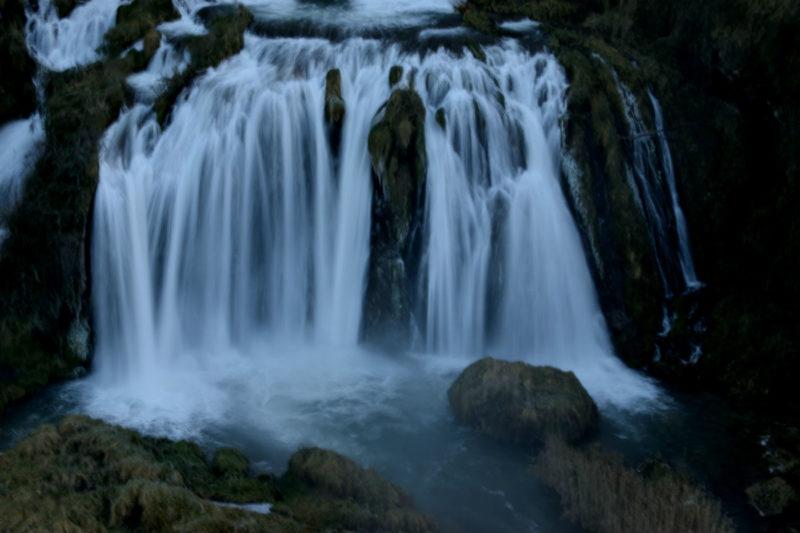Alle cascate delle Marmore Burian crea uno scenario da ...